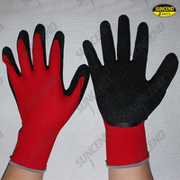 Seamless red polyester liner crinkle latex palm coated work gloves