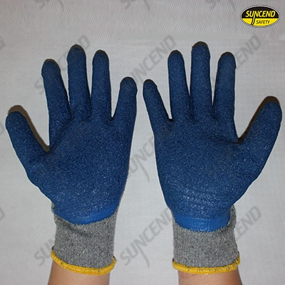 Thumb latex coated work gloves